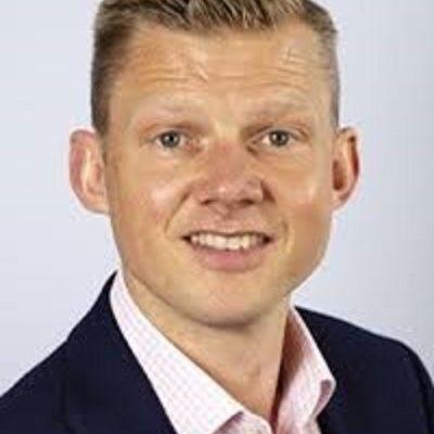 Ben Osborne, Country Manager, Pfizer 400x502